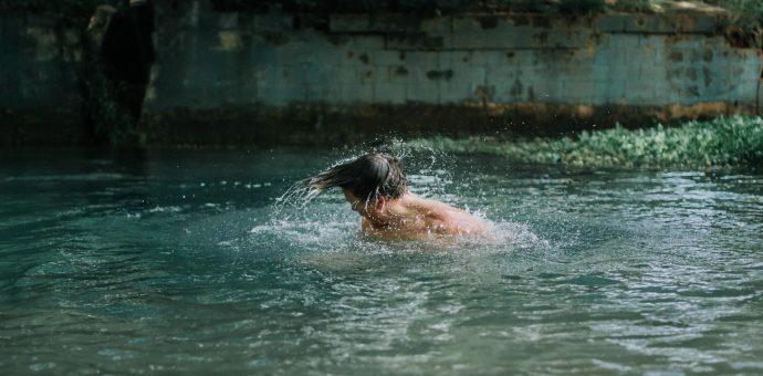 Corona Schwimmbad