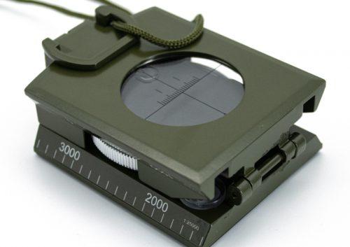 WH-7190-Taktischer-Kompass-geschlossen